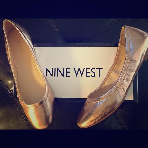 b2452ef99d4 Nine West Pink   Rose Gold Girls Night Out Flats